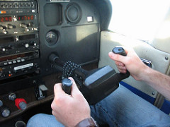 Hands on Cessna Controls